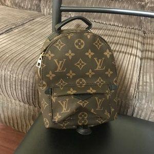Mini spring backpack